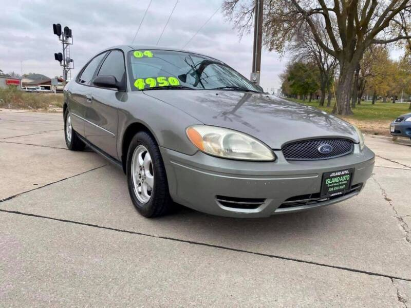 2004 Ford Taurus for sale at Island Auto Express in Grand Island NE