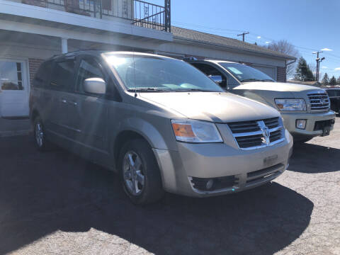 2009 Dodge Grand Caravan for sale at Rine's Auto Sales in Mifflinburg PA