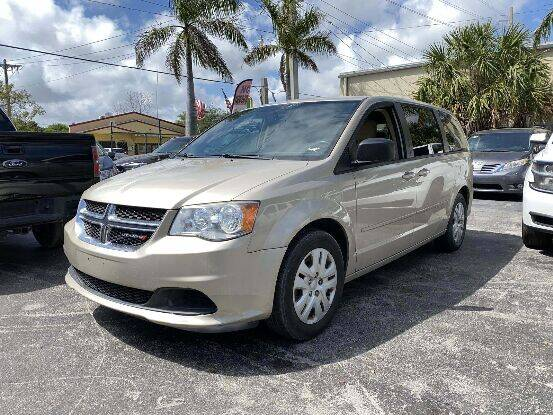 2013 Dodge Grand Caravan for sale at Citywide Auto Group LLC in Pompano Beach FL