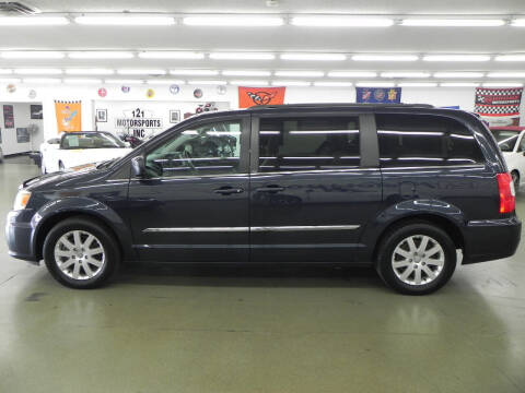 2013 Chrysler Town and Country for sale at Car Now in Mount Zion IL