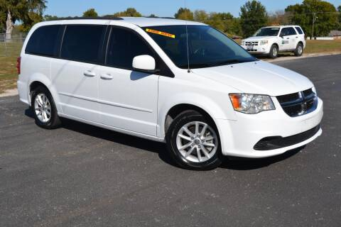 2016 Dodge Grand Caravan for sale at GLADSTONE AUTO SALES    GUARANTEED CREDIT APPROVAL in Gladstone MO