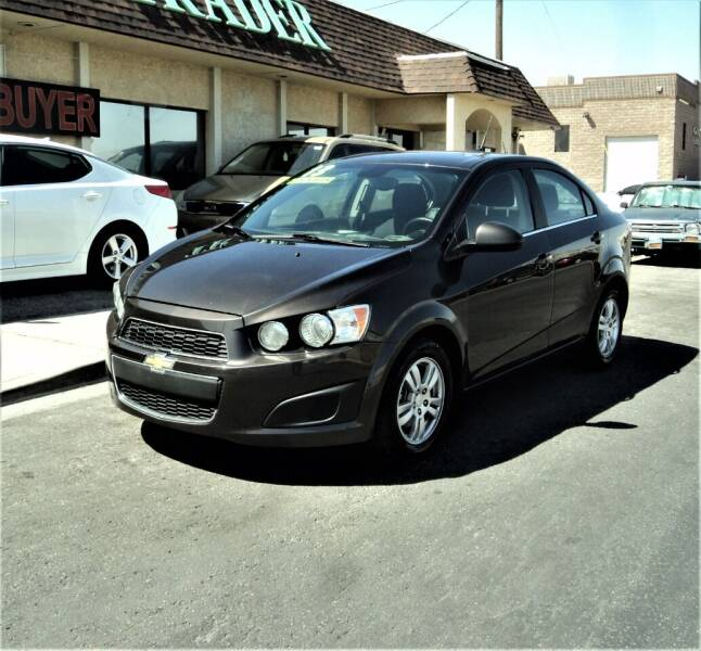 2013 Chevrolet Sonic for sale at DESERT AUTO TRADER in Las Vegas NV