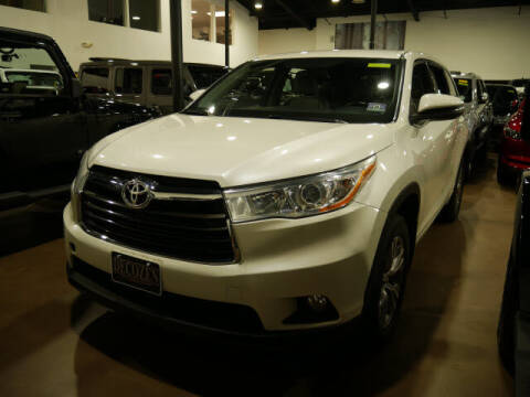 2015 Toyota Highlander for sale at Montclair Motor Car in Montclair NJ