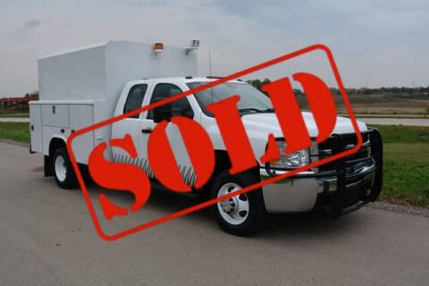 2010 Chevrolet Silverado 3500HD for sale at Signature Truck Center in Crystal Lake IL