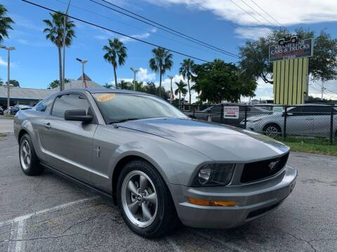 2008 Ford Mustang for sale at MIAMI FINE CARS & TRUCKS in Hialeah FL