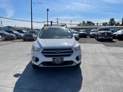 2017 Ford Escape for sale at Velascos Used Car Sales in Hermiston OR