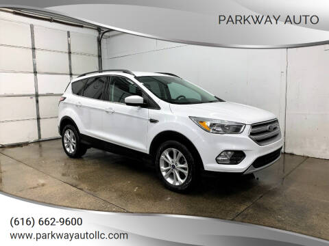 2018 Ford Escape for sale at PARKWAY AUTO in Hudsonville MI
