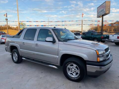 2005 Chevrolet Avalanche for sale at Autoway Auto Center in Sevierville TN