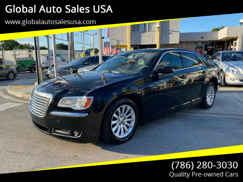 2013 Chrysler 300 for sale at Global Auto Sales USA in Miami FL