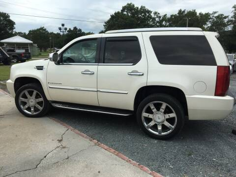 2007 Cadillac Escalade for sale at LAURINBURG AUTO SALES in Laurinburg NC