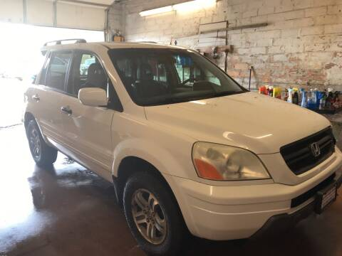 2003 Honda Pilot for sale at BARNES AUTO SALES in Mandan ND