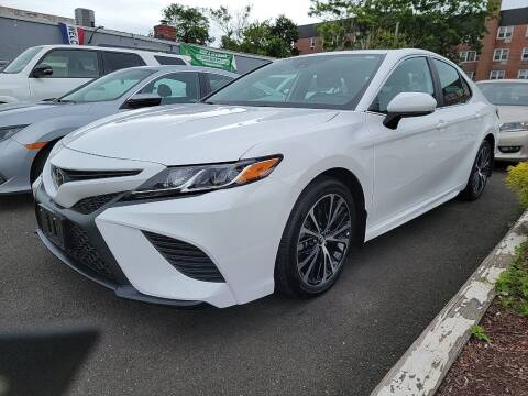 2020 Toyota Camry for sale at OFIER AUTO SALES in Freeport NY