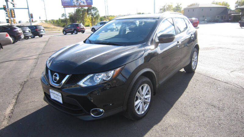 2017 Nissan Rogue Sport for sale at Auto Shoppe in Mitchell SD