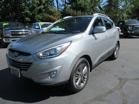 2015 Hyundai Tucson for sale at LULAY'S CAR CONNECTION in Salem OR