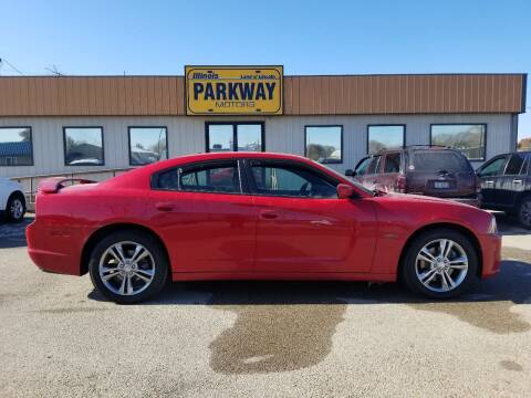 2013 Dodge Charger for sale at Parkway Motors in Springfield IL
