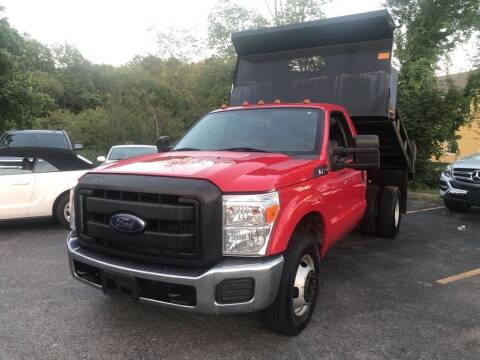 2015 Ford F-350 Super Duty for sale at RT28 Motors in North Reading MA
