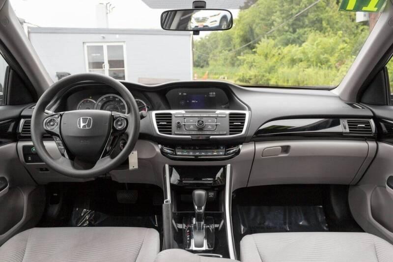 2017 Honda Accord LX 4dr Sedan CVT - Frederick MD