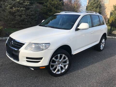 2009 Volkswagen Touareg 2 for sale at CLIFTON COLFAX AUTO MALL in Clifton NJ