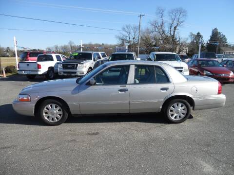 2005 Mercury Grand Marquis for sale at All Cars and Trucks in Buena NJ