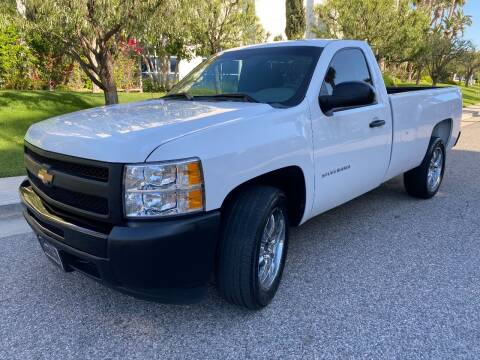 2013 Chevrolet Silverado 1500 for sale at Donada  Group Inc in Arleta CA