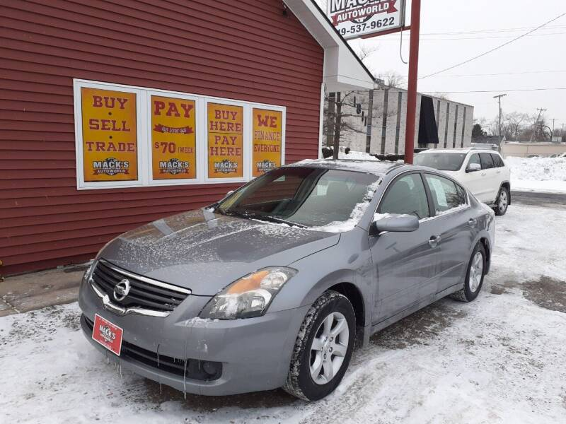 2009 Nissan Altima for sale at Mack's Autoworld in Toledo OH