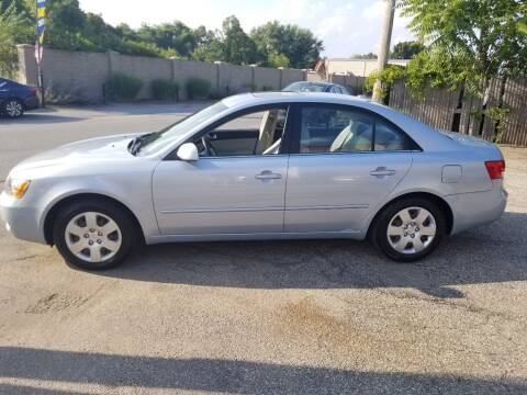 2007 Hyundai Sonata for sale at Howe's Auto Sales in Lowell MA