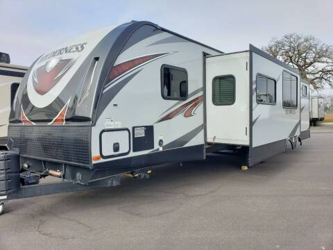 2018 Heartland wilderness 3250BS for sale at Ultimate RV in White Settlement TX