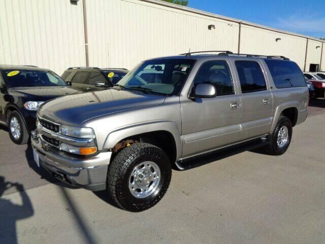 2002 Chevrolet Suburban for sale at De Anda Auto Sales in Storm Lake IA