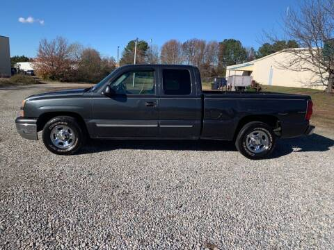 2004 Chevrolet Silverado 1500 for sale at MEEK MOTORS in North Chesterfield VA