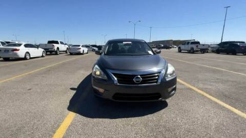 2013 Nissan Altima for sale at Buy Here Pay Here Lawton.com in Lawton OK