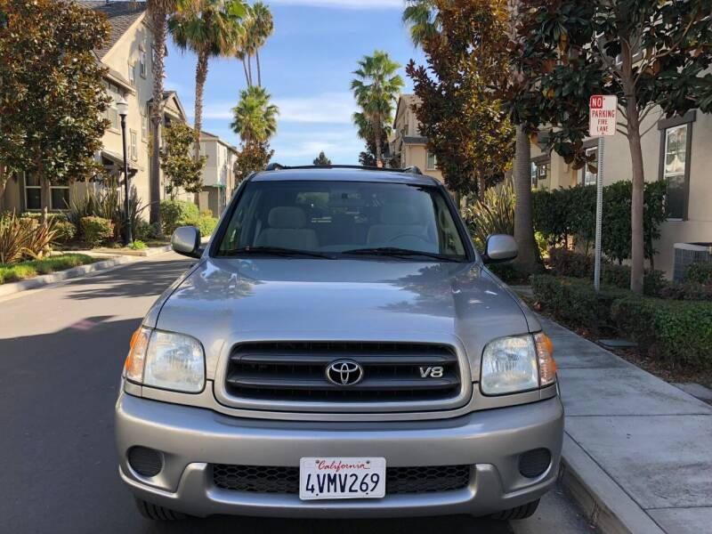 2004 Toyota Sequoia for sale at Hi5 Auto in Fremont CA