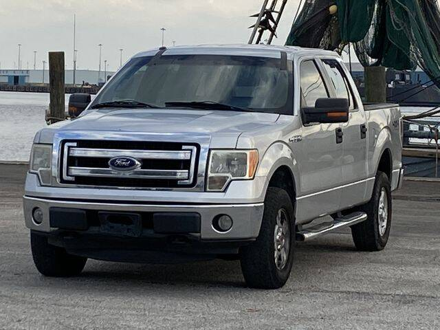 2013 Ford F-150 for sale at Pioneers Auto Broker in Tampa FL