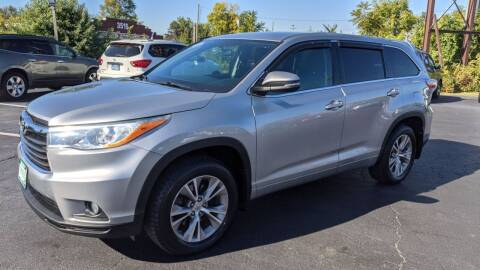 2014 Toyota Highlander for sale at Shaddai Auto Sales in Whitehall OH