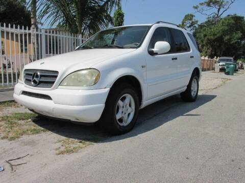 2000 Mercedes-Benz M-Class for sale at TROPICAL MOTOR CARS INC in Miami FL
