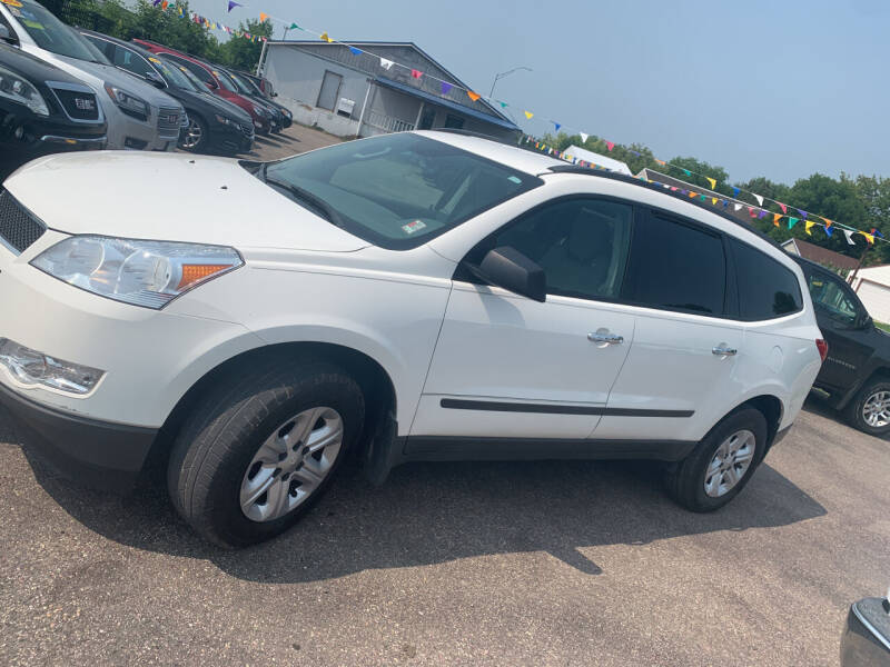 2012 Chevrolet Traverse for sale at Los Arreglados Auto Sales in Worthington MN