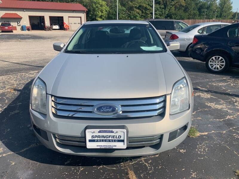 2009 Ford Fusion for sale at SPRINGFIELD PRE-OWNED in Springfield IL