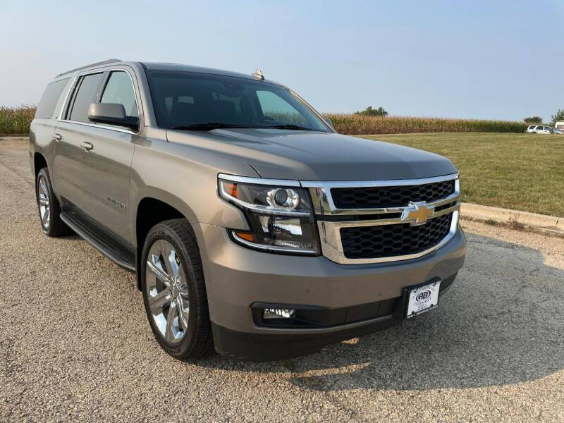 2018 Chevrolet Suburban for sale at Alan Browne Chevy in Genoa IL