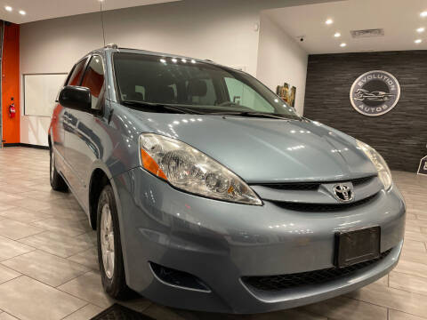 2006 Toyota Sienna for sale at Evolution Autos in Whiteland IN
