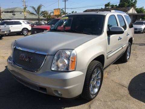 2008 GMC Yukon for sale at JR'S AUTO SALES in Pacoima CA