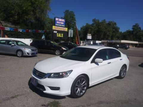 2015 Honda Accord for sale at Right Choice Auto in Boise ID