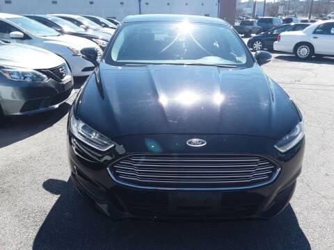 2016 Ford Fusion for sale at Auto Villa in Danville VA