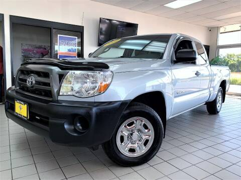 2009 Toyota Tacoma for sale at SAINT CHARLES MOTORCARS in Saint Charles IL