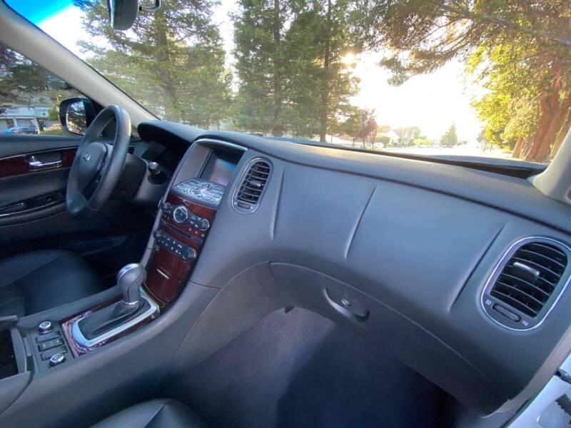 2017 Infiniti QX50 4dr Crossover - Belmont CA