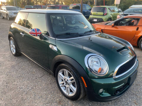 2011 MINI Cooper for sale at Truck City Inc in Des Moines IA