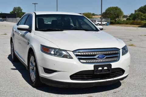2012 Ford Taurus for sale at Big O Auto LLC in Omaha NE