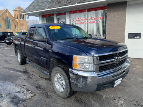 2009 Chevrolet Silverado 2500HD for sale at KUHLMAN MOTORS in Maquoketa IA