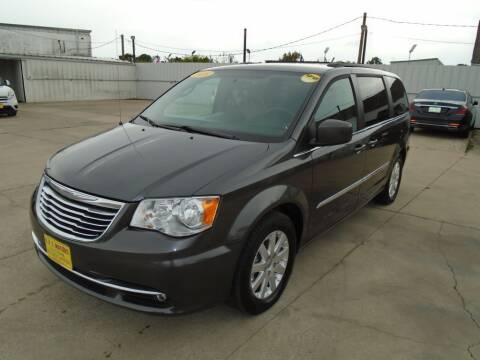 2016 Chrysler Town and Country for sale at BAS MOTORS in Houston TX