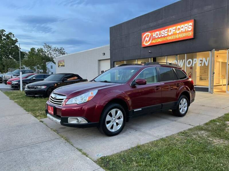 2011 Subaru Outback for sale at HOUSE OF CARS CT in Meriden CT