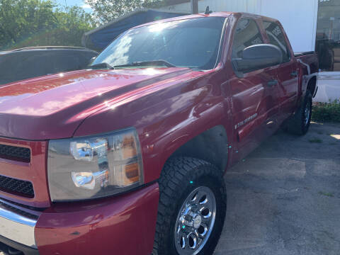 2007 Chevrolet Silverado 1500 for sale at BULLSEYE MOTORS INC in New Braunfels TX