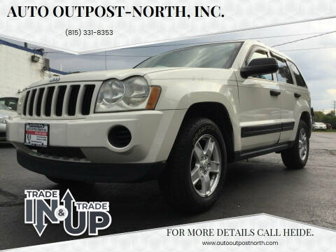2005 Jeep Grand Cherokee for sale at Auto Outpost-North, Inc. in McHenry IL